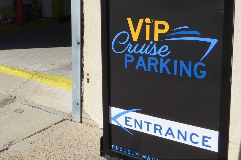 Cruise parking sign