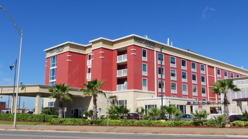 Four Points hotel with cruise parking in Galveston